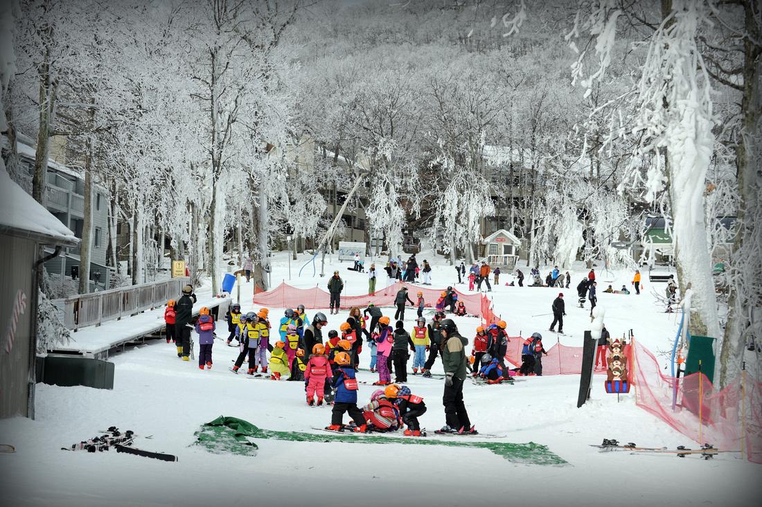 Ski Scenes - 0034