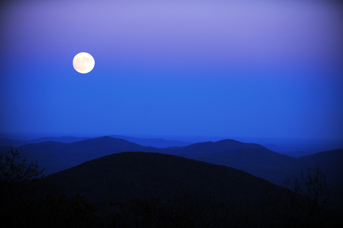 Moonrise Over The Rockfish Valley